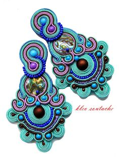 Bead Embroidery Jewelry, Fabric Jewelry, Beaded Embroidery, Beaded Earrings, Beaded Jewelry, Soutache Tutorial, Soutache Necklace, Homemade Jewelry, Victorian Jewelry