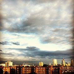 Mixed bag of Thursday sky #summer #london #shoreditch - @psunil- #webstagram Sunil Malkani