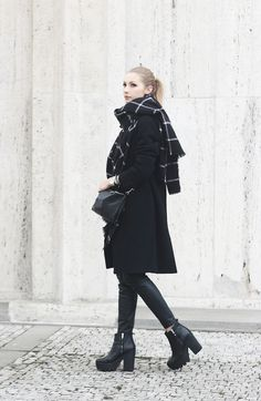 @fashionizednet knows the power of the perfect black coat. H&M Trend; click through to browse all coat styles from the collection. | H&M OOTD