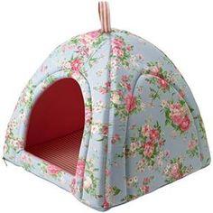 Winter Dog House, Cat Teepee, Cat Cushion, Pet News, Pet Treats, Cat Furniture, Animal Crafts, Dog Houses, Diy Stuffed Animals