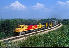 RailPictures.Net Photo: ATSF 5990 Atchison, Topeka & Santa Fe (ATSF) EMD FP45 at Chillicothe, Illinois by Mike Danneman