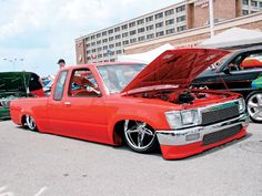 What types of trucks does Weatherford Mini Trucks sell?