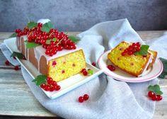 Citronová babeta s rybízem recept | Vaření.cz Krispie Treats, Rice Krispies, Pudding, Food, Custard Pudding, Essen, Puddings, Meals, Rice Krispie Treats