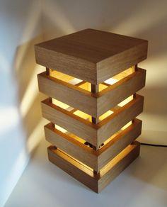 Resultado de imagem para luminária de madeira
