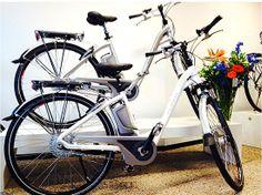 De Zwitserse elektrische fietsen (e-bikes) van Flyer staan bekend om hun excellente kwaliteit. Er zijn twaalf verschillende series. Of het nu voor sportief of woon- werkgebruik is, alles is mogelijk. Maak bij ons kennis met Flyer en ervaar waarom wij overtuigd zijn door deze krachtige e-bikes.