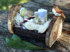Miniature Fairy Furniture - Bed