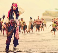 Captain Jack Sparrow haha i love how this pic makes him look so confused