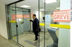Projeto sobre greve no setor bancário divide senadores