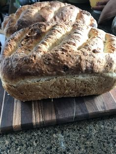 Here's how to make the best, easiest bread you will love! I've been struggling with baking bread for a long time. I actually just gave up for about 30 years! No kidding! When my kids were young, I tried...but it was just too much work. And frankly, to have bread not turn out after all that