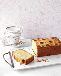 Almond-Grape Tea Cak