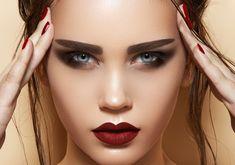 CandyLipz-Plump-Lips-1-569x400