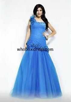 #plus #size #prom #dresses