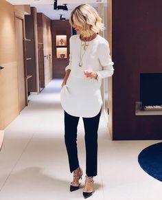 boho fashion over 40 clothes Casual Work Outfits, Business Casual Outfits, Mode Outfits, Work Attire, Chic Outfits, Fashion Outfits, Fashion Mode, Fashion Over 40, Work Fashion