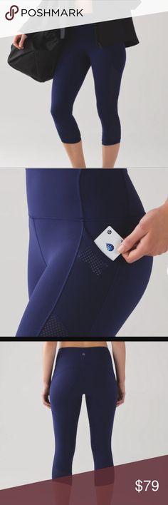 🍋lululemon fit physique crop NWOT 🍋lululemon fit physique crop in hero blue NWOT worn once mesh panels side pockets great compression lululemon athletica Pants Ankle & Cropped