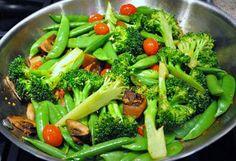 Stir-Fry Snow Peas with Broccoli and Mushrooms, Vegetable Dish Recipe, Vegetarian Dish Recipe, Snow Peas Recipes, Broccoli Recipes, Mushroom Recipes