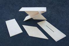 Acute table |