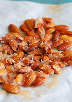 Caramel Candied Almonds - The Low Carb Diet - Visit us for more at: https://www.facebook.com/LowCarbingAmongFriends