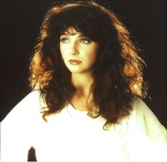 """Catherine """"Kate"""" Bush (Welling, South East London, England, July 30, 1958), singer-songwriter, musician and record producer."""