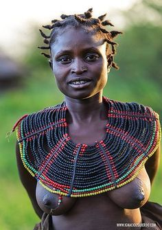 Kenya - Pokots tribe - Ignacio Izquier do Tribal People, Tribal Women, African Tribes, African Women, Beautiful Black Women, Beautiful People, Afrika Corps, African Culture, People Of The World