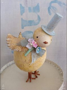 Image gallery – Page 453385887482709578 – Artofit Hoppy Easter, Easter Bunny, Easter Eggs, Paper Mache Animals, Paper Mache Sculpture, Easter Egg Crafts, Easter Parade, Paperclay, Vintage Crafts