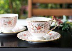 ボーンチャイナの美しい白磁に木々が並んだルシエン 品のあるジャポニズムの雰囲気が感じられるデザインです。   ロイヤルクラウンダービー/Royal Crown Derby ルシエン/Lucienne コーヒーカップ&ソーサー A1278