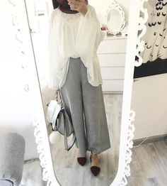 "1,824 Likes, 6 Comments - Ebru (@ebrusootds) on Instagram: ""#eidinspo Trenchcoat/ Coat @bn_hijab_fashion Pants / Hose @the_boutique_liverpool Uhr /…"""