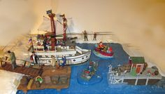 Model Railroad diorama 0 scale - Fishing Village, Nautical, Department 56 boats #Department56