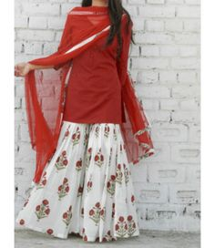 Something in cotton and for daily wear. **Marsala Block Print Sharara Set – Alaya The Storehouse** Sharara Designs, Kurti Designs Party Wear, Pakistani Dress Design, Pakistani Outfits, Indian Outfits, Dress Indian Style, Indian Dresses, Look Short, Indian Designer Suits