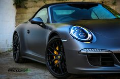 A world exclusive on a brand new colour: 3M 1080 Satin Dark Grey. Perfectly installed on this brand new Porsche 911 GTS.