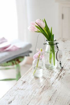 .mintyhouse.blogspot.it My Flower, Flower Pots, Minty House, Dutch Tulip, Pure Simple, Pink Tulips, Pretty Flowers, Seasonal Decor, Pink And Green