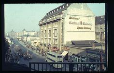 BERLIN 1956, Friedrichstrasse in Mitte, Blick vom Bahnhof nach Norden zum Admiralspalast