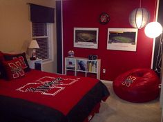 Husker Man Cave Ideas : Jaidans boston red sox themed bedroom got the paint ideas from