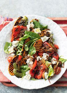 How to make Grilled Capsicum, Sweet Potato, Caramelised Onion & Feta Salad Vegetarian Dinners, Vegetarian Recipes, Healthy Recipes, Veg Recipes, Cooking Recipes, Pasta Recipes, Salad Recipes, Capsicum Recipes, Roasted Capsicum