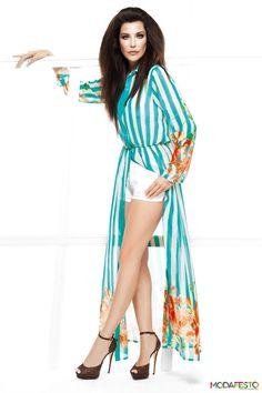 #denizakkaya #moda #fashion #modafesto Deniz Akkaya, kendi markası olan Dasmine için hazırladığı, çok şık, çok doyurucu koleksiyonu ile bu kez de tasarımcı olarak tekstil dünyasına yeniden giriş yapıyor.  Devamı burada : http://www.modafesto.com/deniz-akkaya-dasmine-2013-yaz-moda-koleksiyonu-516.html Copyright © Modafesto.com - Modanın Manifestosu