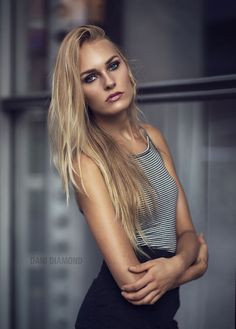 Photograph Allison - Natural Light by Dani Diamond on Portraits, Portrait Poses, Portrait Photography, Fashion Poses, Girl Fashion, Womens Fashion, Dani Diamond, Diamond Photography, Scene Image