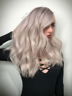 Platinum pearlescent hair hair hair, guy tang и hair styles Ombre Hair Color, Hair Color Balayage, Brown Hair Colors, Good Hair Day, Great Hair, Kenra Color, Hair Color For Fair Skin, Guy Tang, Lilac Hair