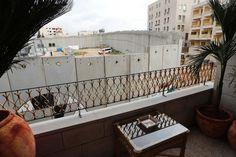 """""""Walled off"""", l'albergo di Banksy in Cisgiordania"""