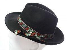 Folklórny ľudový klobúk 4L13