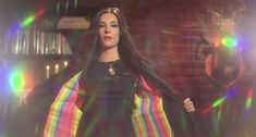 Samantha Robinson in The Love Witch The Love Witch Movie, Movies Showing, Movies And Tv Shows, Vintage Witch Photos, Samantha Robinson, Mysterious Girl, Season Of The Witch, Witch Aesthetic, Perfect Love
