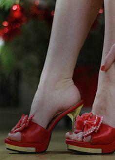 Krásné pantoflíčky na jehlovém podpatku