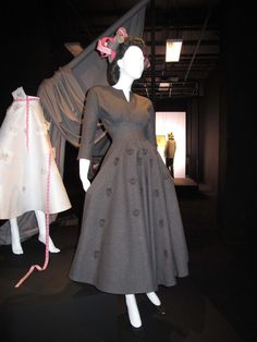Big Britannica 1951-1953: Mid-century British Fashion at Selfridges