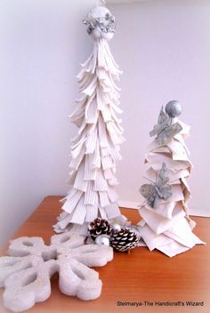 Pair of Christmas trees are ready for di Stelmarya su Etsy