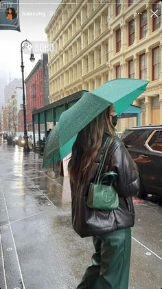 New York Life, Nyc Life, City Life, Retro Outfits, Cute Casual Outfits, Aesthetic Fashion, Aesthetic Clothes, Cowboy Boot Outfits, Cowgirl Boots