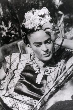 frida-kahlo-foto-rare-epoca-36