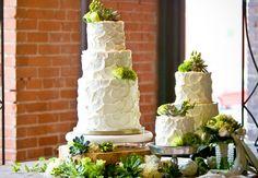 17 tentadoras mesas de pasteles para tu boda | NUPCIAS Magazine