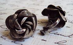 vintage rosebud earrings  vintage jewelry
