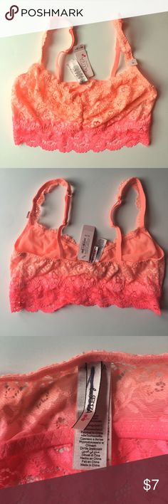 PRICE DROP! La Senza bra NEVER WORN! PRICE DROP and you can bundle and save even more!This La Senza bra is comfortable and cute with a stretchy lace material. Thanks for looking!! Xoxo -J La Senza Intimates & Sleepwear Bras