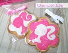<3 Barbie silhouette cookie