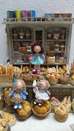 Tumima Dolls de Marisa Madejón. Biscuit, Diy And Crafts, Bakery, Craft Ideas, Dolls, Room, Kids, Inspiration, Lolly Cake