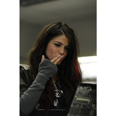 Marie Avgeropoulos Fugitive at 17 ❤ liked on Polyvore featuring people, marie avgeropoulos and hair